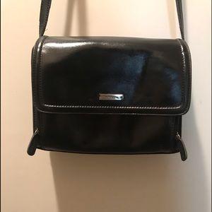 Liz Claiborne shoulder handbag-pockets displayed